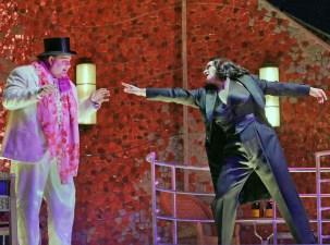 Gerhard Siegel i Patricia Racette a la dansa dels 7 vels. Fotografia Ken Howard/MET
