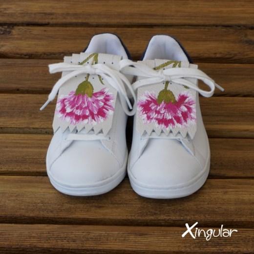 flecos zapatillas claveles rosas par juntos