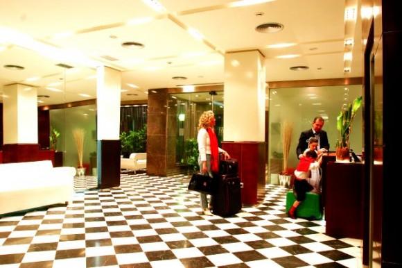 Hotel Regente Aragón - Lobby