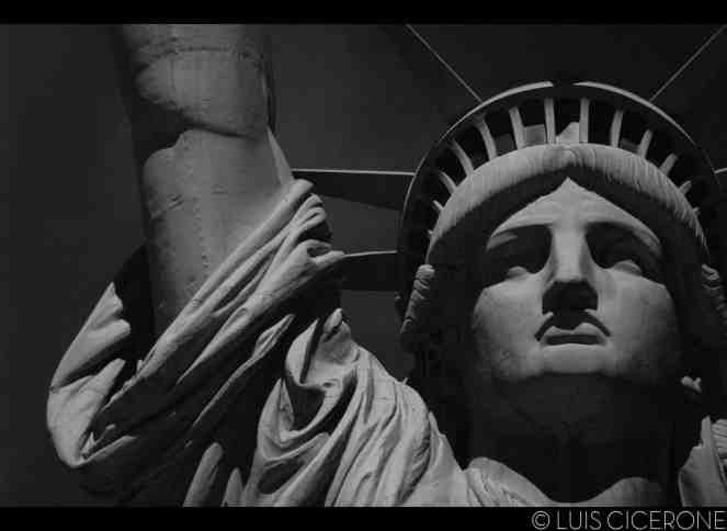 La Estatua de la Libertad - Up, close and personal.