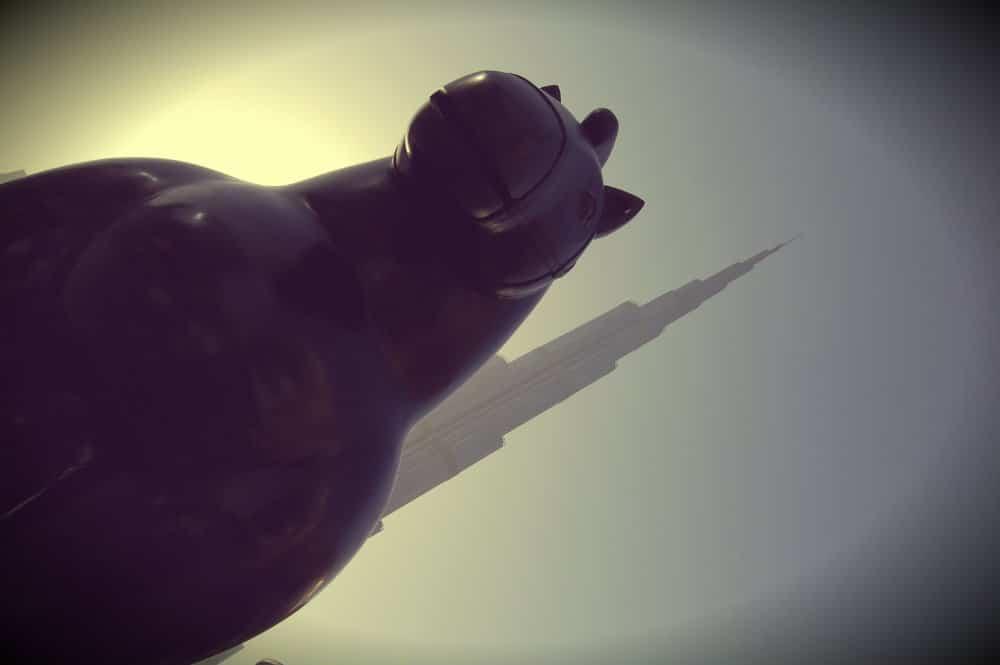 Caballo de Botero y Burj Khalifa