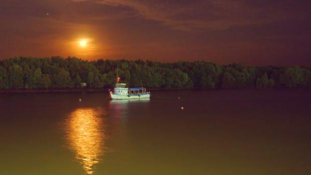 Krabi Town - Río de noche