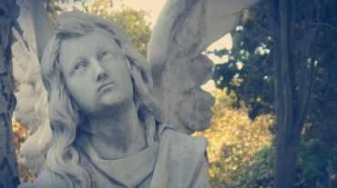 Tumba con ángel - Cementerio de Montjuïc