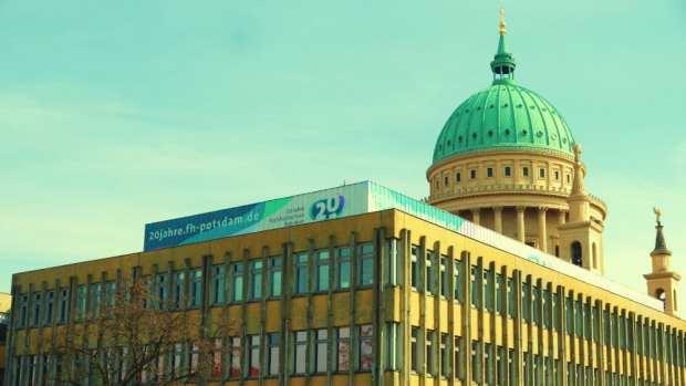Contrastes de Potsdam - Arquitectura clásica y comunista