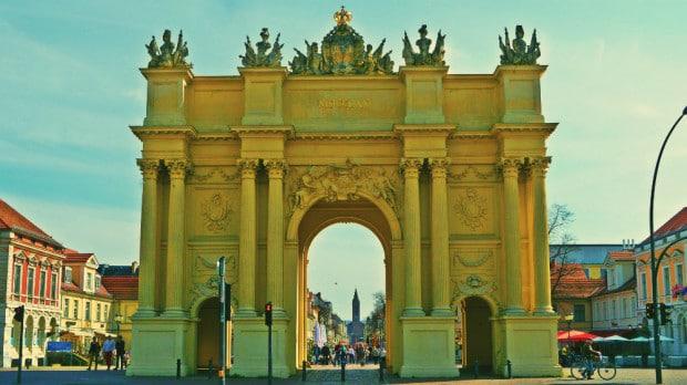 Puerta de Brandeburgo, Luisenplatz, Potsdam