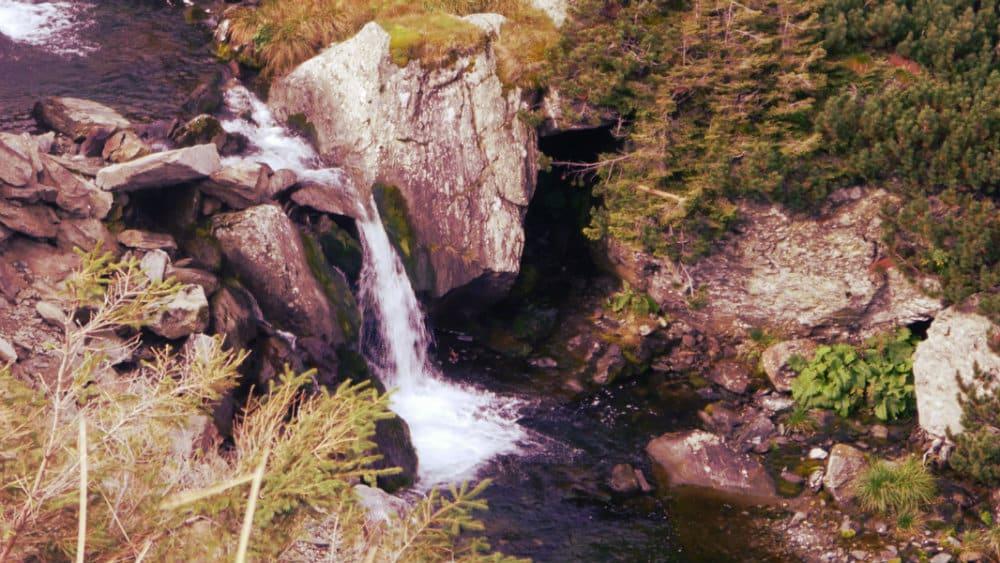 Cascada en la Transfagarasan