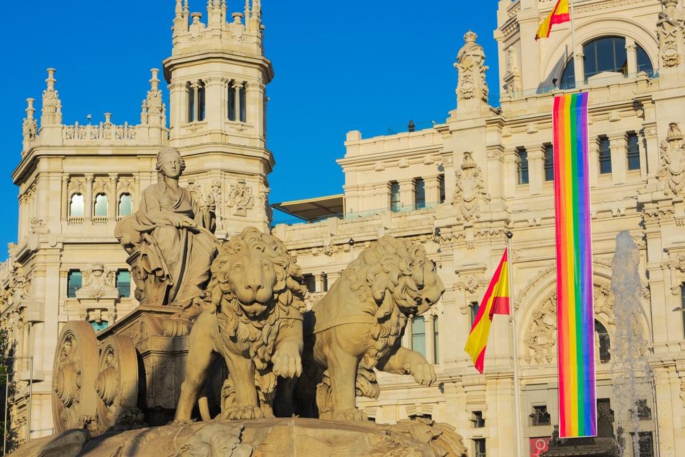 Alojamiento gay en Madrid y hoteles gay friendly en Madrid