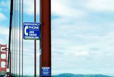 Teléfono de la esperanza en el Golden Gate