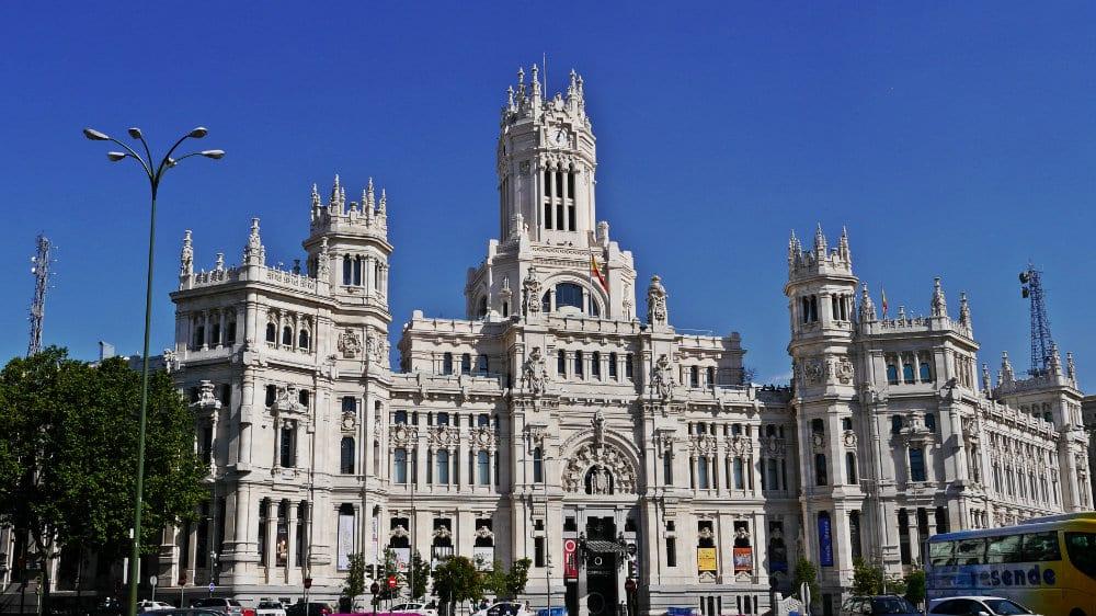 Cómo evitar las colas en las grandes atracciones de Madrid