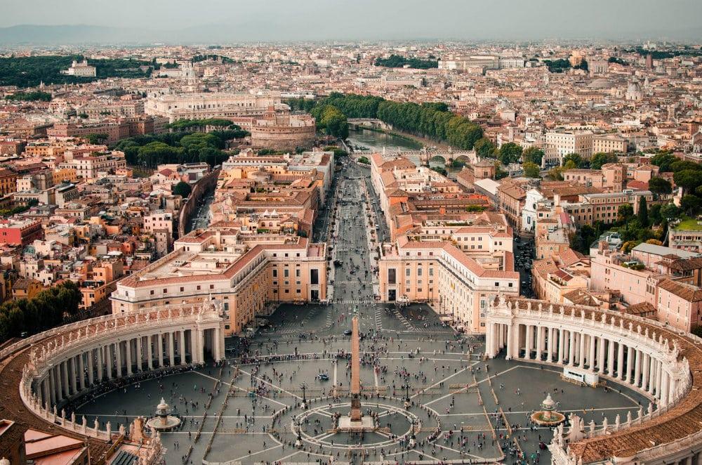 Plaza de San Pedro - Atracciones del Vaticano
