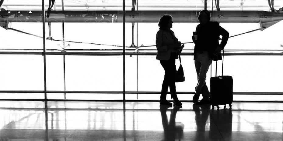 Cómo ahorrar dinero en vuelos para escapadas románticas