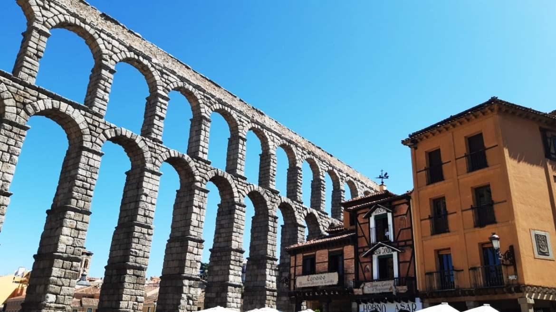 Mejores barrios donde dormir en Segovia - Cerca del Acueducto y San Millán