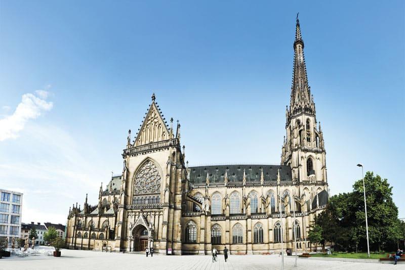 Atracciones de Linz - Catedral Nueva   Crédito de la foto: Linz Tourismus