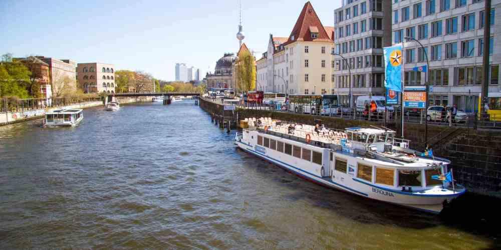 Berlín - Tour en barco de 2,5 horas por el río Spree