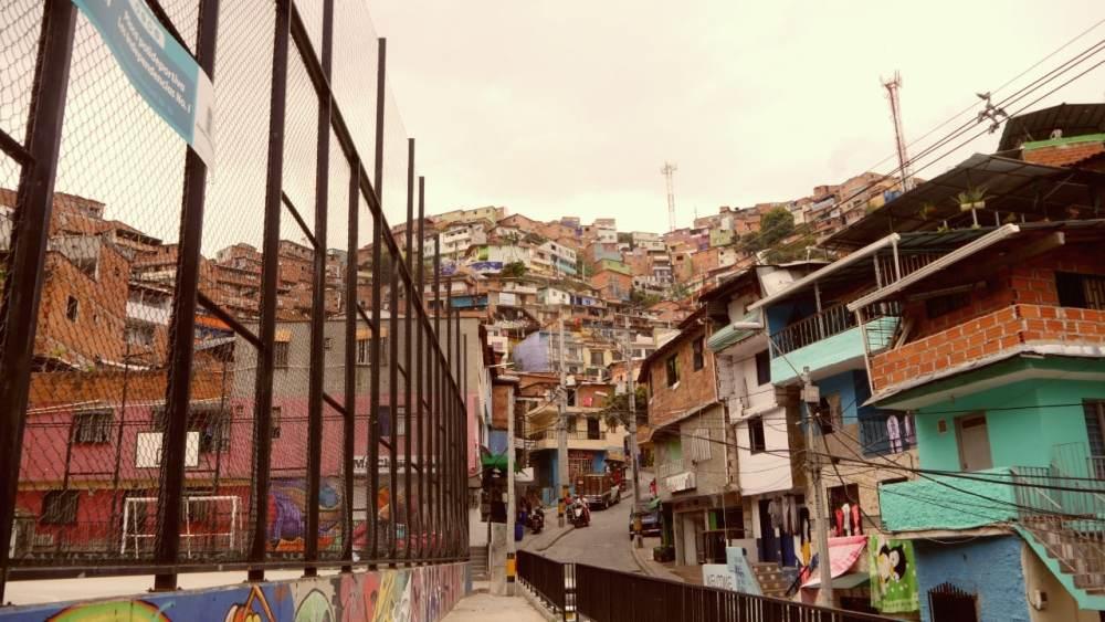 La Comuna 13 y sus tours de arte urbano