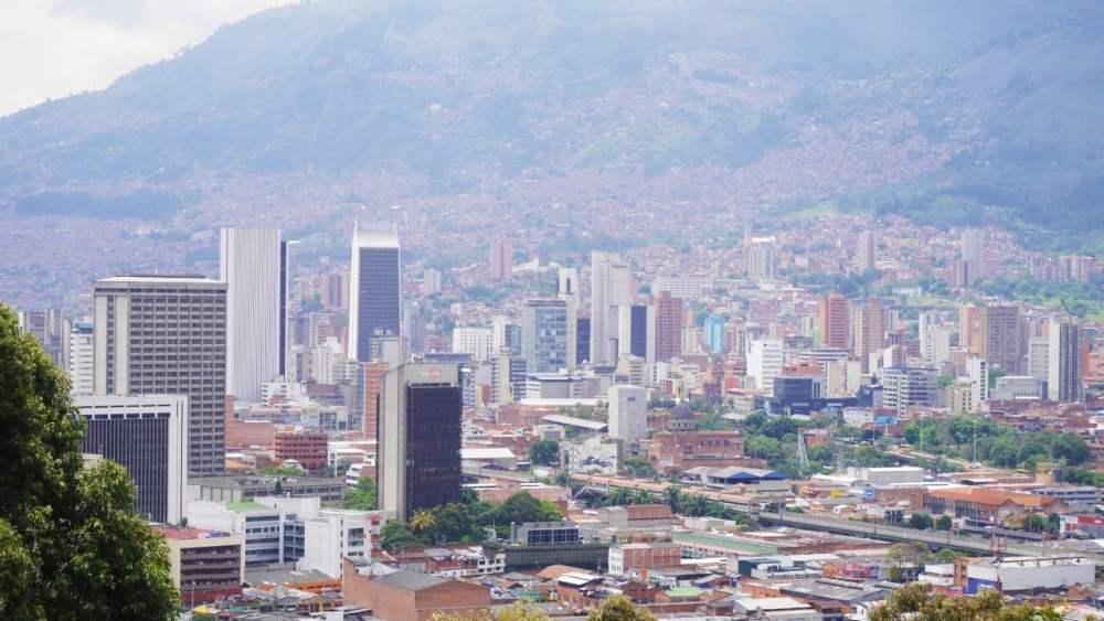Vistas de Medellín desde el cerro Nutibara