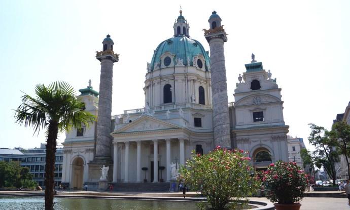 Iglesia de San Carlos Borromeo en Viena