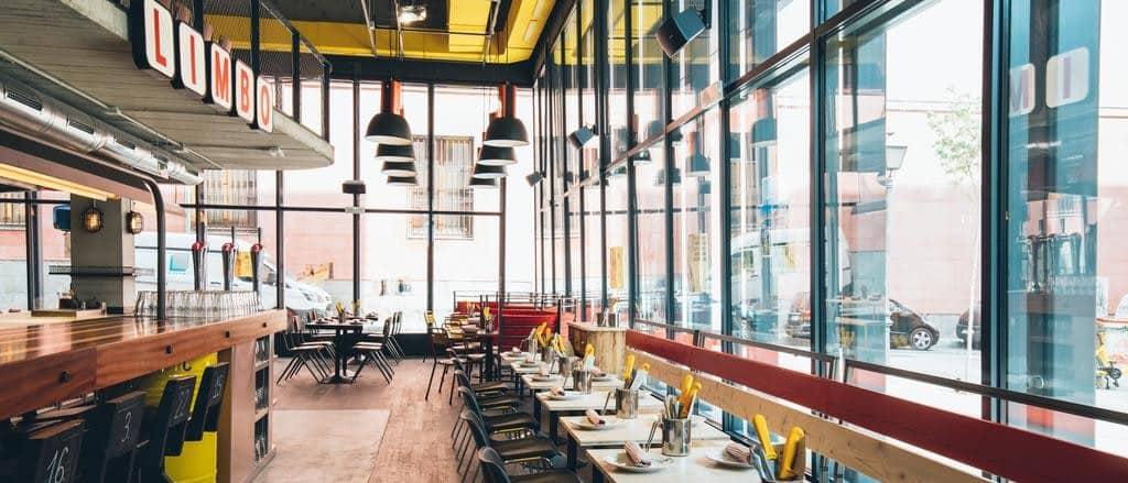 Instalaciones de Limbo, el restaurante del Bastardo Hostel de Madrid