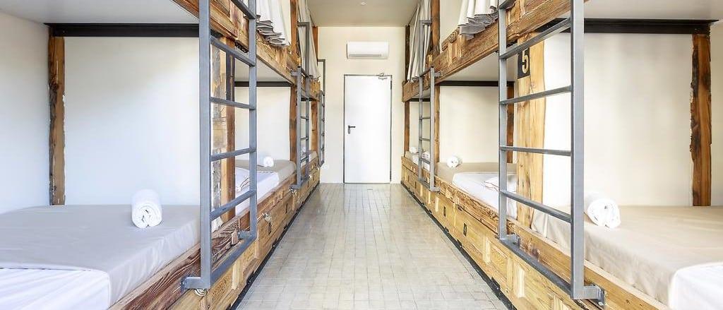 Mejores albergues donde dormir en Madrid - A&B Hostel Principe Pio