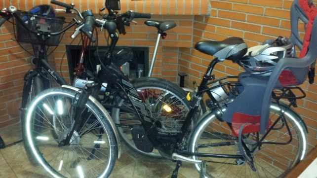 """2 bicis """"normales"""" convertidas en eléctricas por poco más de 200€"""