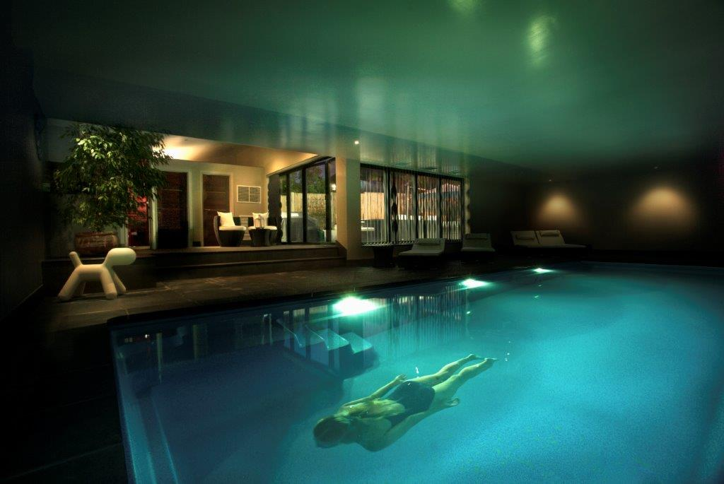 How much does it cost to build an indoor swimming pool? | XL Pools