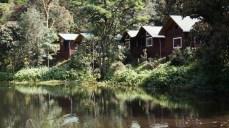 湖邊小木屋