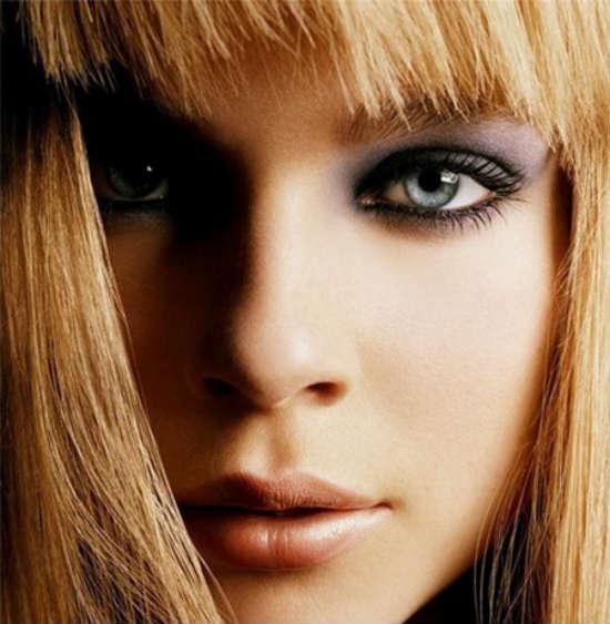 Machiaj blonde cu ochi gri