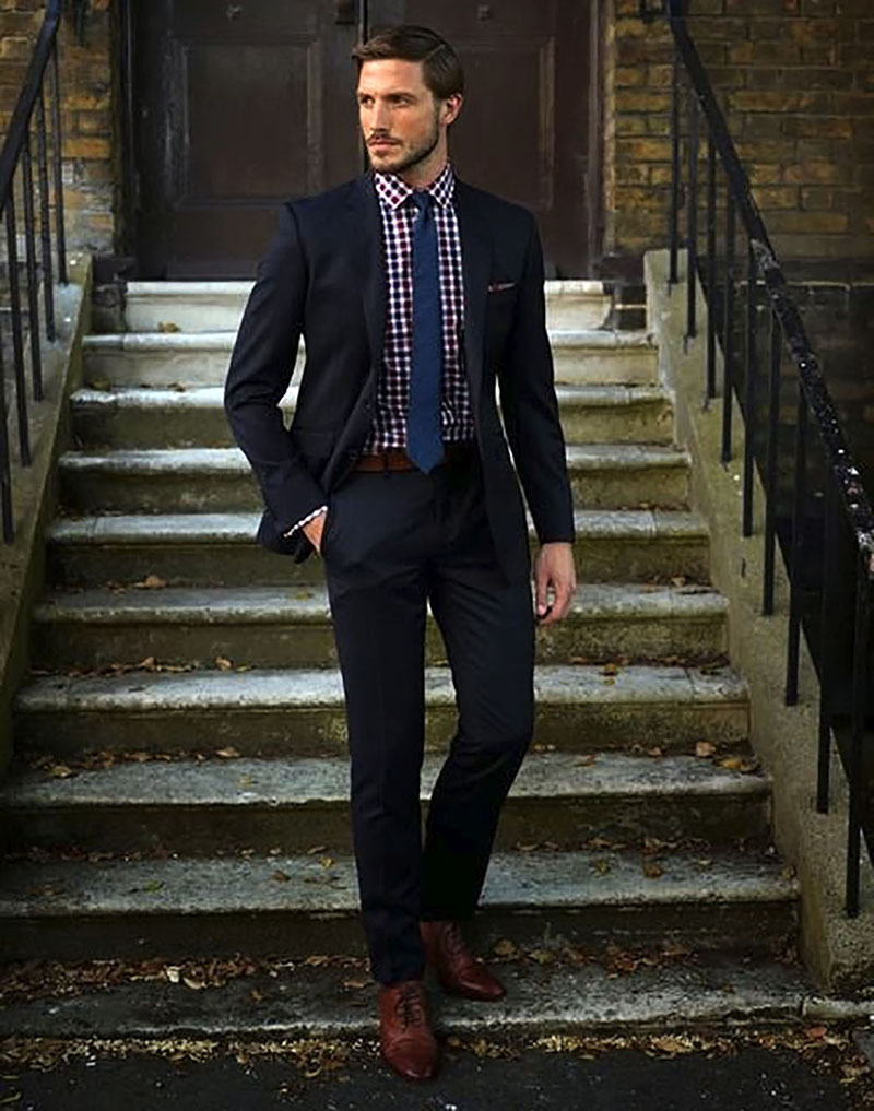 Cravate bleu pentru barbati cu camasa in carouri