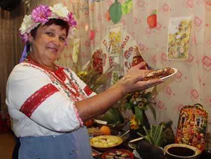 Празднику — веселье, мастерству — почтение! или Как березовцы праздник урожая по-украински отмечали