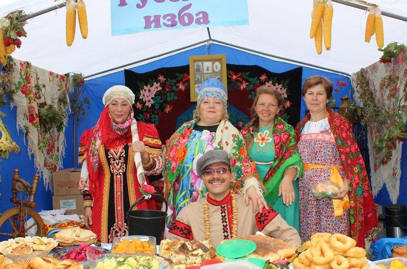 Фото: Антоньевцы всех национальностей отметили праздник урожая