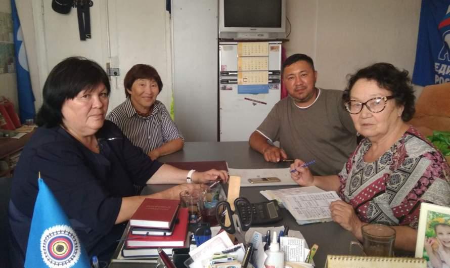 """Общественная организация кумандинцев «Тореен Чер» провела круглый стол «Разработка стратегии реализации проекта """"Возвращение к истокам""""»"""