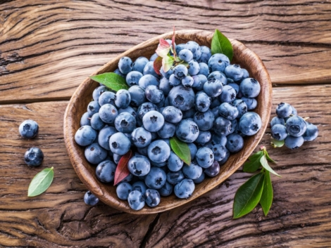 chernika-korzinka-fresh-berries-iagody-blueberry-1024x768