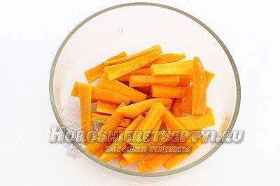 Морковь в духовке с солью и тимьяном
