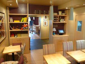интерьер в кафе