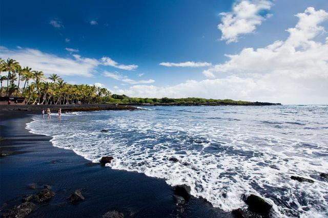 Гавайские пляжи с чёрным песком