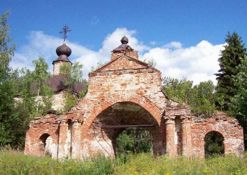 Вознесенская церковь в селе Тушебино