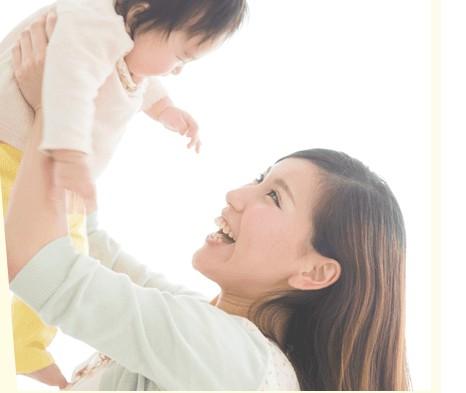 産後抜け毛ケアは赤ちゃんにも優しい成分を