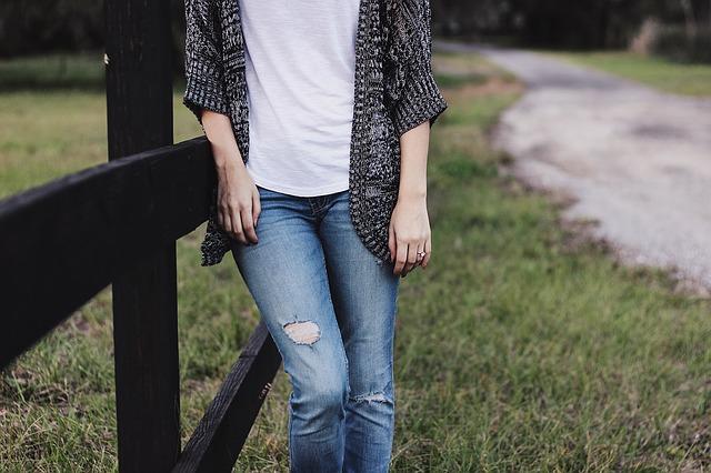 0代40代女性が選ぶTシャツ&カットソーの選び方