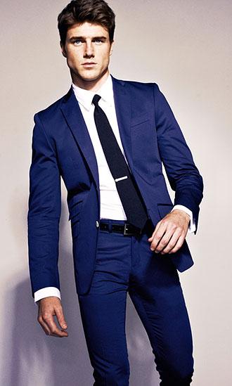 「スーツ 紺」の画像検索結果