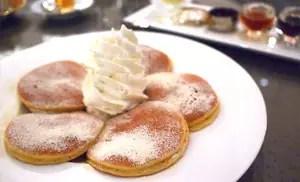 綿密的和三盆舒芙蕾厚片鬆餅 – ニューヨークラウンジ(東京・浜松町)