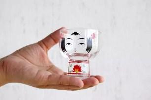 搭配日本酒更有和風氣息♪小巧精緻多用途的「木芥子玻璃杯」