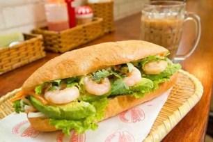 東京的人氣東南亞美食!「越南法國麵包☆三明治 水道橋東口店」