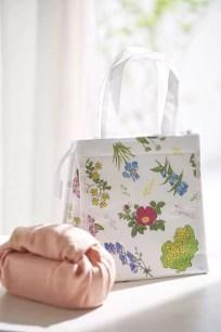 將迎接極具紀念性No.1000期✿女性雜誌特別附錄「六花亭×CROISSANT」保溫袋