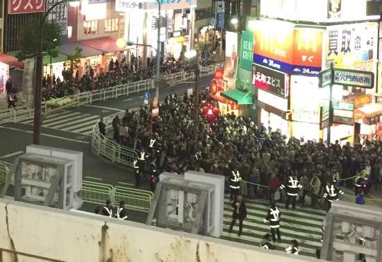 JR元町駅からルミナリエ行き方