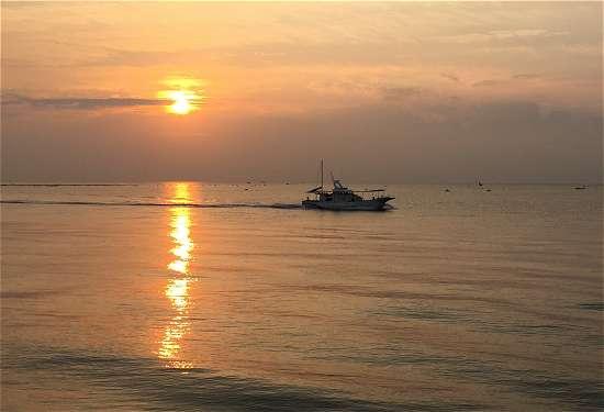 平磯海釣り公園 日の出