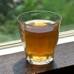 ニキビに効く飲み物?お茶が効くの?