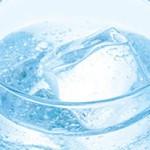 炭酸水洗顔でニキビ予防はウソ?炭酸水レベルじゃムリ?