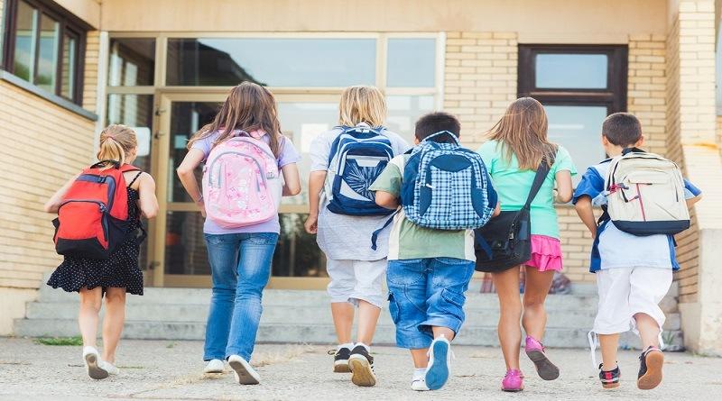 Гръбначни изкривявания в детските и учебни заведения