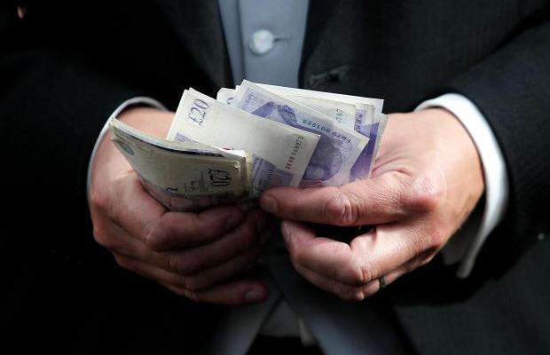 年収700万円の男性との結婚で押さえておきたいポ …