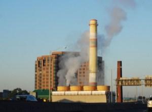 リサイクル工場